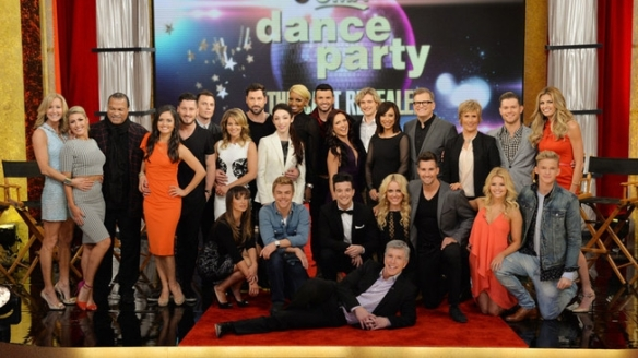 Dancing With The Stars Season 18 Cast Photo